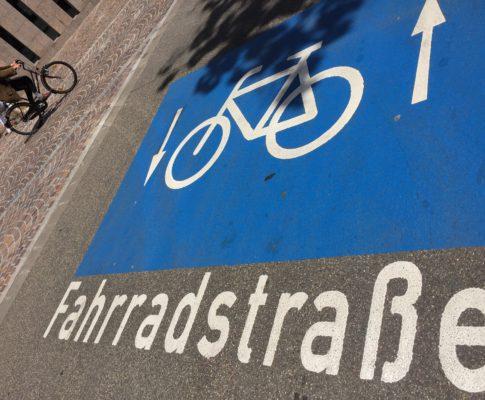 Radwege erneuern!